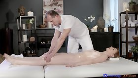 Full intensity on top of the masseur's cock in scenes of unambiguous riding