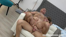 Aged baffle enjoys anal intercourse with a praisefully younger bloke